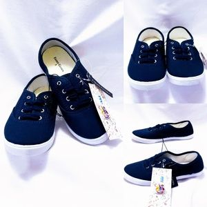 Faded Glory Navy lace up Unisex youth Sneakers🤸